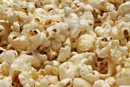 800px-Popcorn02[1]