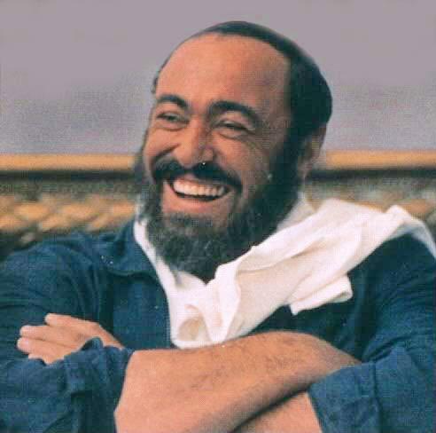 Pavarotti_brighter[1]