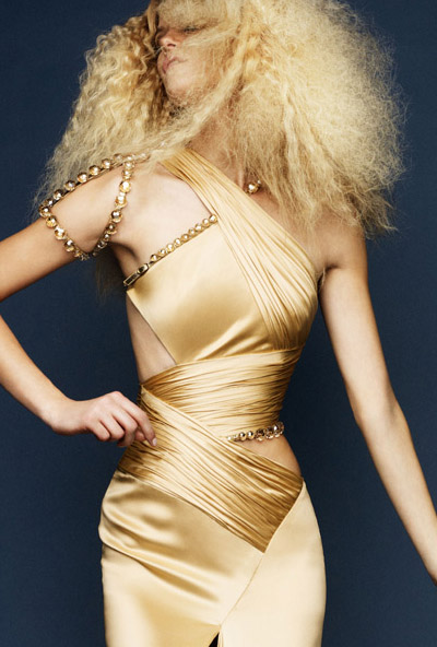 Atelier%2BVersace%2BSpring%2B2010%2BCollection%2B8[1]