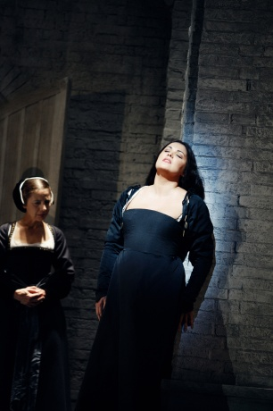 Img-netrebko001_14292470759.jpg_article_gallery_slideshow_v2[1]