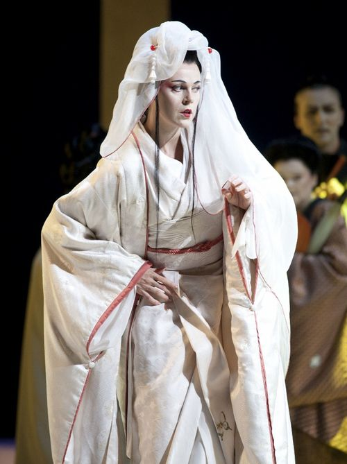 MADAMA BUTTERFLY.10075_561. OPOLAIS AS CIO-CIO-SAN (C) HOBAN 2011 (765x1024)