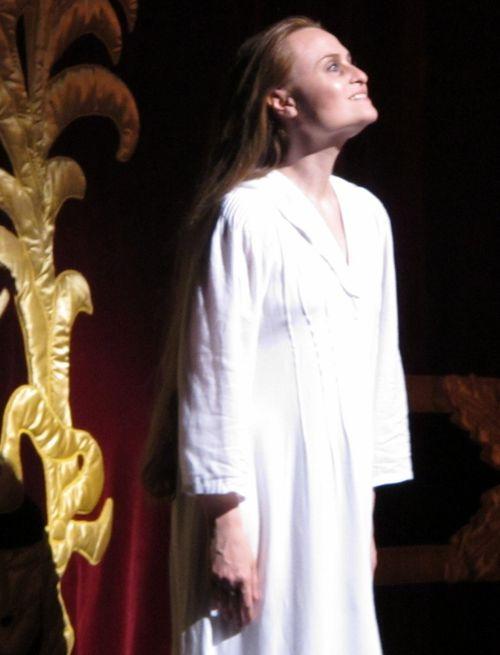 Traviata roh 031011 020 (611x800)