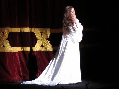 Traviata roh 281111 001 (800x600)