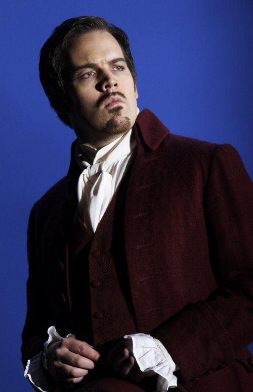 2476ashm_608 WERTHER. IVERSEN AS ALBERT (C) ASHMORE 2011 (660x1024)