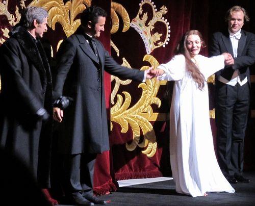 Traviata roh 281111 031 (800x647)