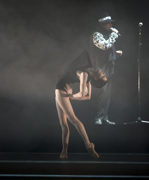 Olivia Cowley dancing in Wayne McGregor's Carbon Life, with Boy George. Photo Bill Cooper courtesy of ROH (659x800)