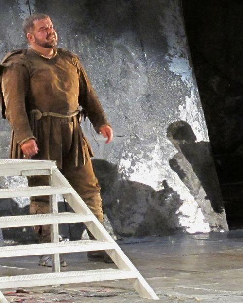 Rigoletto roh 300312 039 (512x640)