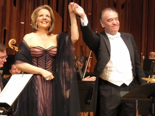 Renee fleming barbican 150712 004 (800x600)