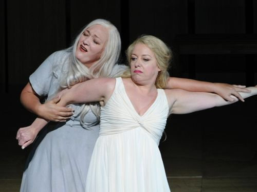 Offizieller-Start-der-Muenchner-Opernfestspiele-2012[1]