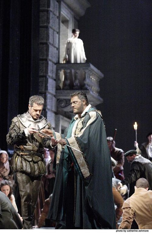 2559ashm_0105 GALLO AS IAGO, ANTONENKO AS OTELLO (C) ASHMORE