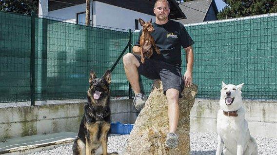 Festspiele-hunde-training-fuer-die-opernbuehne-41-47955379[1]