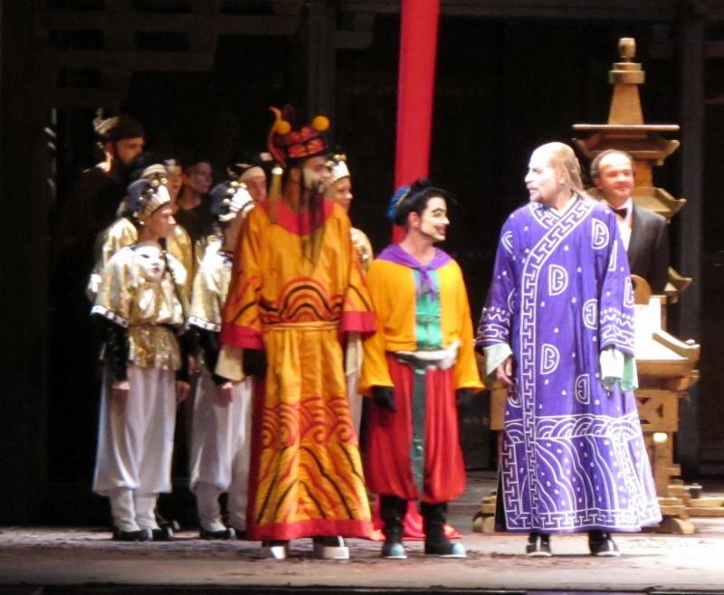 Turandot roh 090913 007 (800x658)