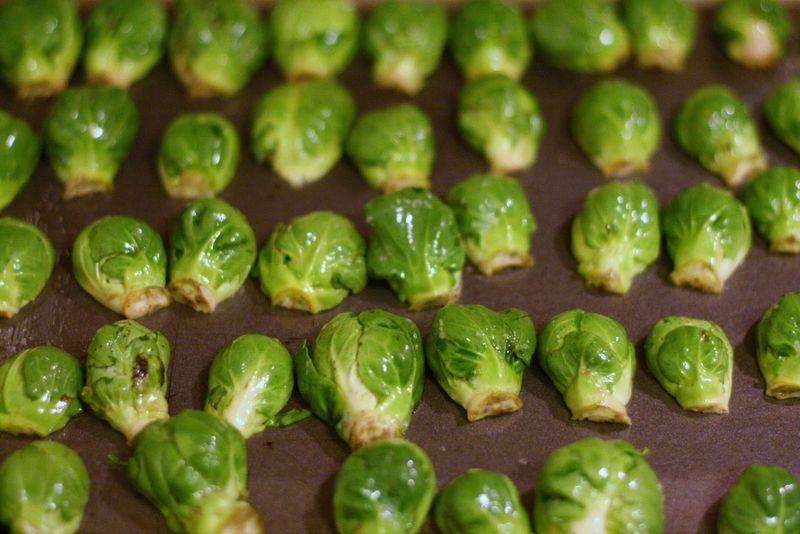 Roasted+Brussels+Sprouts+with+Orange+Butter+Sauce+003[1]