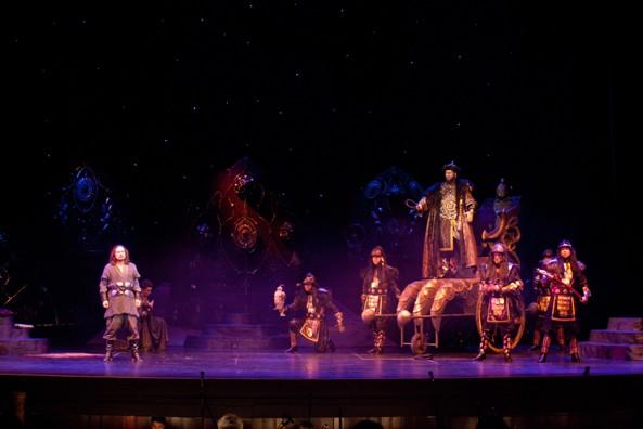 Prince_Igor_04_Novaya_Opera-s[1]